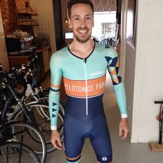 Who doesn't love new skinsuit day Cycling Lycra, Cycling Jerseys, Cycling Outfit, Cycling Clothes, Lycra Men, Bike Wear, Racing Team, Vintage Bikes, Aerobics