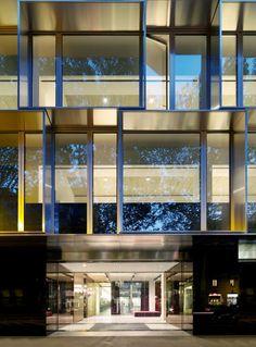 Dolce & Gabbana Office Building / Piuarch