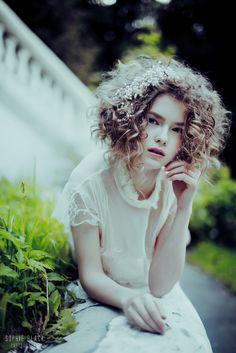 curls / Sophie Black