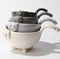 This Cat Measuring Cup Set is Both Adorable and Practical #urbanoutfitters #homedecor trendhunter.com