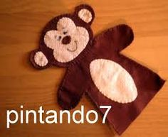 molde de macaco fantoche - Pesquisa do Google Felt Crafts, Fabric Crafts, Diy And Crafts, Crafts For Kids, Felt Puppets, Finger Puppets, Sewing Kids Clothes, Sewing For Kids, Minions