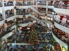 Manilla Phillipines- Huge indoor shopping Mall - Center of the City..This was an incredible shopping experience!