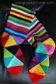 Вязаные носки: вязать не перевязать - спицами и крючком, собираем идеи. | Мамин Креатив