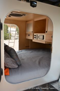 30 Great Picture of Teardrop Trailer Interior. The trailer includes all you need except a generator. You can quite readily customize about any portion of this trailer. Teardrop trailers can be diff. Teardrop Trailer Interior, Teardrop Camping, Teardrop Caravan, Teardrop Camper Trailer, Off Road Camper Trailer, Trailer Diy, Trailer Build, Expedition Trailer, Overland Trailer