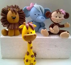 Cute animal topper idea
