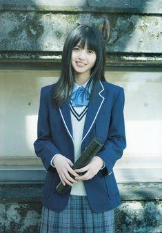 omiansary27: Graduation 2017 part-2 ...   日々是遊楽也 School Girl Japan, Japan Girl, Japanese School Uniform, School Uniform Girls, Girls Uniforms, The Most Beautiful Girl, Beautiful Asian Women, Saito Asuka, Asian Cute