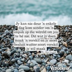Vrouekeur | Vrouekeur aanhalings Quotes Dream, Life Quotes Love, Girl Quotes, Me Quotes, Robert Kiyosaki, Napoleon Hill, Tony Robbins, Afrikaanse Quotes, The Secret Book