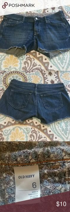 Old Navy denim shorts Old navy denim shorts Good condition  Size 6 Old Navy Shorts