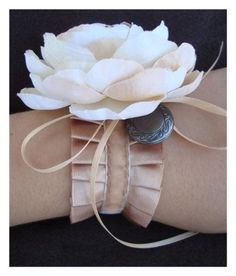 I am considering having my bridesmaids wear wrist corsages instead of carrying bouquets. But I can't find any good, hip, cool, young-looking corsage ideas. Bridesmaid Corsage, Corsage Wedding, Wedding Bouquets, Prom Corsage, Bridesmaid Bracelet, Wrist Flowers, Prom Flowers, Wedding Flowers, Satin Flowers