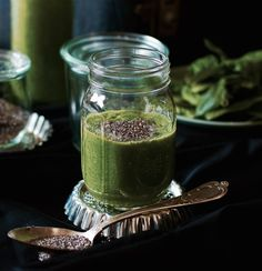 Green-Smoothie mit Minze und Ingwer