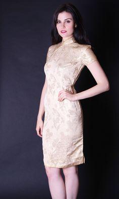 On SALE 30% Off Vintage Vintage 1960s Cheongsam von aiseirigh