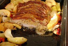 Fried pork chops with sauerkraut. Croatian Recipes, Hungarian Recipes, Hungarian Food, Meat Recipes, Chicken Recipes, Cooking Recipes, Pork Chops And Sauerkraut, Clean Eating Kids, Fried Pork Chops