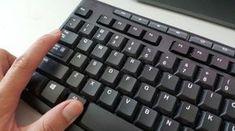 32 tajných kombinácií na vašej klávesnici Der Computer, Computer Keyboard, Environmental Research, Pc Mouse, Petri Dish, Medicine Journal, Windows 10, Persona, Bugs