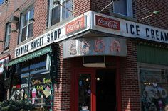 44 Amazing NYC Places That Actually Still Exist - 44 things to do in New York! Eddie's Sweet Shop, Metropolitan Ave. Forest Hills Queens, Forest Hills New York, Coca Cola, Nyc Bucket List, Old Fashioned Ice Cream, A New York Minute, Empire State Of Mind, Ice Cream Parlor, Restaurant New York