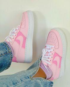Lit Shoes, Shoes Heels, Nike Shoes Air Force, Aesthetic Shoes, Cinderella Shoes, Hype Shoes, Fresh Shoes, Looks Vintage, Trendy Shoes
