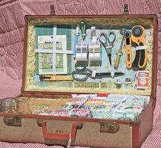 A Place to Roost: Vintage Sewing Case-One of the greatest ideas for a travel case I have ever seen!