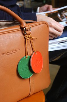 Round Leather Luggage Tag