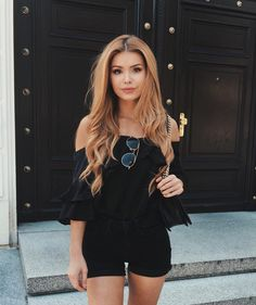 7 Life-Changing Clothes Shops 🛍👠 That Every Classy Girl Needs to Know 👸 . Summer Outfits, Cute Outfits, Classy Girl, Pinterest Hair, Girls Dpz, Daily Fashion, Style Fashion, Hair Color, Hair Beauty
