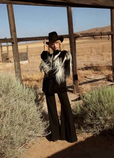 Lou Schoof Models Western Style in Harper's Bazaar Australia Western Look, Western Wear, Western Chic, Urban Cowboy, Quirky Fashion, High Fashion, Fashion Photography, Glamour Photography, Lifestyle Photography