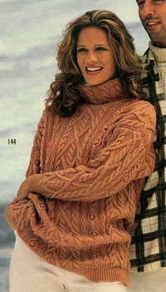 Pullover with scythes Knitting Designs, Knitting Projects, Knitting Patterns, Cable Knitting, Hand Knitting, Hand Knitted Sweaters, Cable Sweater, Sweater Weather, Crochet Clothes