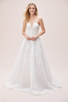 Buy A-line Lace Off-The-Shoulder Gown with Cutout V-neck by Viola Chan online - Oleg Cassini Two Piece Wedding Dress, Best Wedding Dresses, Tulle Wedding, Bridal Dresses, Wedding Bells, Dresses Online Australia, Stunning Dresses, Gorgeous Dress, Tulle Dress