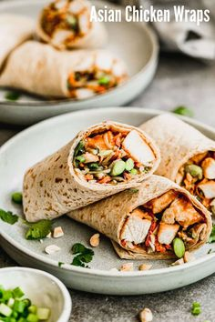 Enjoy this easy, 30-minute meal loaded with tender chicken, crunchy broccoli slaw. and edamame. These healthy Asian chicken wraps are made with a Thai peanut sauce. Meals To Make With Chicken, Asian Chicken Wraps, Thai Peanut Sauce, Clean Eating Dinner, Game Day Food, Easy Healthy Dinners, Healthy Recipes, Asian Recipes, Asian Foods