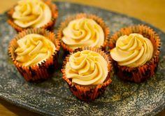 Saftige og gode gresskarcupcakes :D Cupcakes, Desserts, Food, Tailgate Desserts, Deserts, Cupcake, Meals, Cupcake Cakes, Dessert