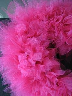 DIY tulle wreathe... I could do this!