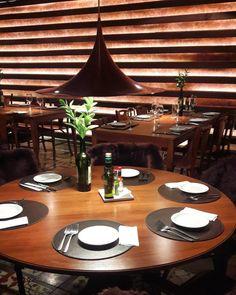 Restaurante muito bacana no centro de Gramado. O Mamma Pasta tem uma arquitetura linda e pastas deliciosas! O Pen né Siciliano é de comer rezando! Super vale a visita.