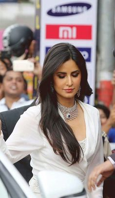 Katrina Kaif Wallpapers, Katrina Kaif Photo, Celebrity Gallery, Sonam Kapoor, Kate Winslet, Alia Bhatt, Indian Celebrities, Bollywood Stars, India Beauty