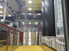 MMVV 4500 RD Food Trucks, French Door Refrigerator, French Doors, Kitchen Appliances, Bar, Home, Diy Kitchen Appliances, House, Home Appliances
