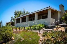 Bon Accord Farm Cottages, 3 lovely self-catering cottages on a working fruit farm just outside of Montagu in the Western Cape. Self Catering Cottages, Farm Cottage, South Africa, Places To Go, Outdoor Decor, Cape, House, Fruit, Home Decor