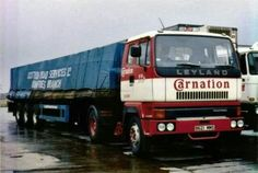Vintage Trucks, Old Trucks, Expand Furniture, Ashok Leyland, Old Lorries, Commercial Vehicle, Peterbilt, Volvo, Cars And Motorcycles