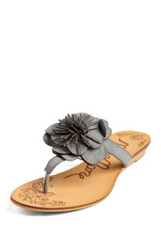 MTNG Maria Mare Flower Thong Sandal for a nice walk in 5th ave. in playa del carmen and have a drink at Deseo.