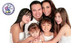 Resultado de imagen para fotos familiares de estudio