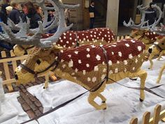 Rue Du Belvedere: December 2014 Raindeer  made out of legos.