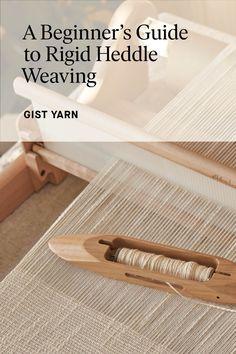 Weaving Yarn, Basket Weaving, Hand Weaving, Loom Knitting Projects, Weaving Projects, Weaving Designs, Weaving Patterns, Diy Crafts Instructions, Cricket Loom