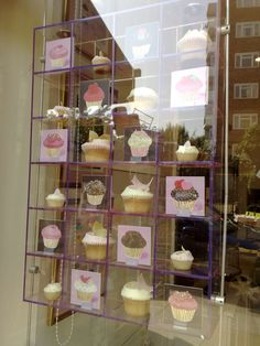 London - The Hummingbird Bakery... True love in a shop window.