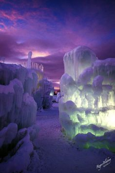 The Most Beautiful Places of the World - Castle of ice in Silverthorne, Colorado, USA