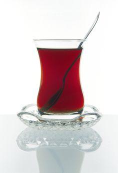 Turkish tea by Ihsan Gercelman on 500px