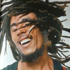 Bob Marley, by Annie Leibovitz for Rolling Stone. Bob Marley Legend, Reggae Bob Marley, Dancehall Reggae, Reggae Music, Reggae Style, Scott Jackson, Kingston, Bob Marley Pictures, Marley Family