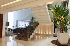 Escadas em balanço – veja dicas e modelos modernos mais revestimentos!