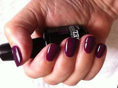 Maureen's nails in 'Windsor castle'.