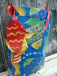 Wrapping paper gift bag
