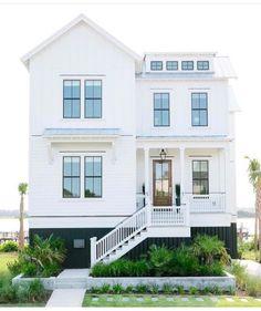 a white beach house. White Exterior Houses, Modern Farmhouse Exterior, Interior Exterior, Exterior Design, Exterior Paint, White Beach Houses, Dream Beach Houses, White Houses, Home Design