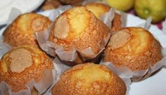 Homemade muffins with cinnamon and lemon Gurmé Homemade muffins with cinna Cupcakes, Cupcake Cakes, Donut Recipes, Cake Recipes, Dessert Recipes, Pan Dulce, Croissants, Marsala, Mexican Bakery