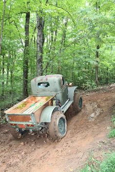 The Bootlegger - Daystar Products - found a hill Old Dodge Trucks, Vintage Pickup Trucks, Lifted Ford Trucks, Cool Trucks, Big Trucks, Dodge Power Wagon, Wheeling, International Harvester, Truck Bed