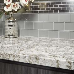 Bianco Antico, a natural stone granite from Arizona Tile, is also known as Royal Silk and has a cool white and gray background with burgundy and taupe tones. Kitchen Refacing, Redo Kitchen Cabinets, Kitchen Cabinet Design, Diy Kitchen, Kitchen Interior, Kitchen Ideas, Kitchen Remodel, Kitchen Decor, Granite Bathroom