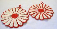 Vintage Pot Holders, Red and White Pot Holders, Set of Pot Holders, Vintage Kitchen, 1950s by VintagePlusCrafts on Etsy