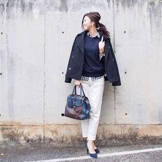 「. 今日はGAPのPコートでお出かけ。 帰宅後、やっとクリスマスツリーを出しました^ ^ 出すのは好きだけど、片付けるのは嫌い派ですw .  #GAP#UNIQLO#ユニクロ#uniqloginza #fashion#coordinate#outfit#ootd#JAPAN」